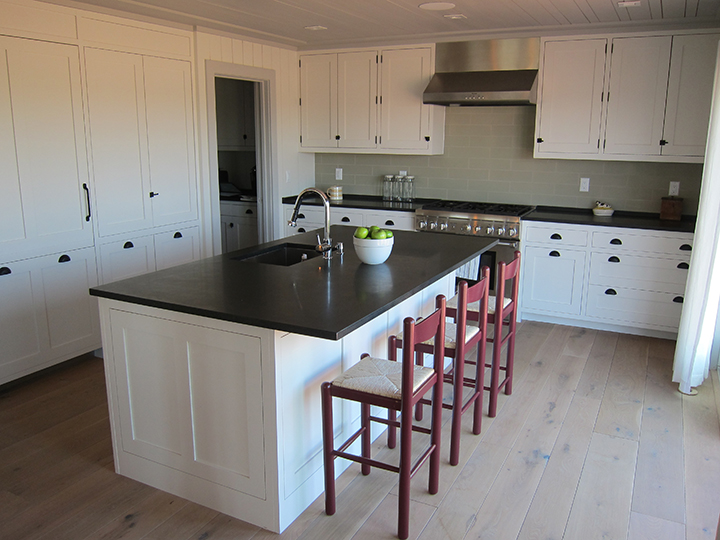 Oyster_Pond_32 e Kitchen _Other direction_72dpi